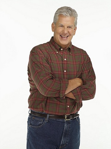 Lenny Clarke headlines tonight and Saturday at Comix
