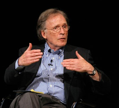 Legendary TV interviewer Dick Cavett is tonight interviewed himself at The Dave Hill Explosion