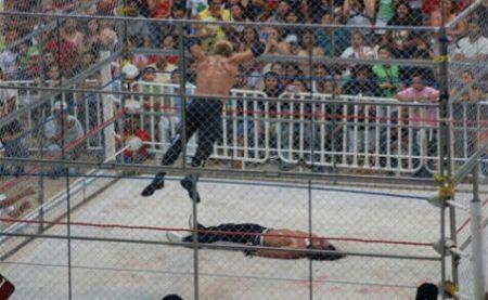 Cage Match: Hanukkaos