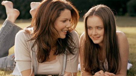 Gilmore Girls: Lauren Graham and Alexis Bledel